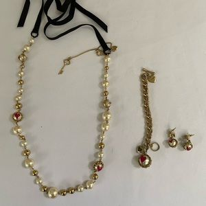 Betsey Johnson necklace bracelet and earrings